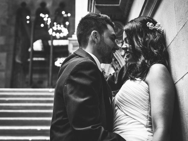La boda de Jonatan y Robertina en Barcelona, Barcelona 32