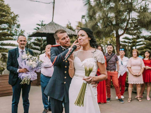 La boda de Elena y Jonás en Las Palmas De Gran Canaria, Las Palmas 30