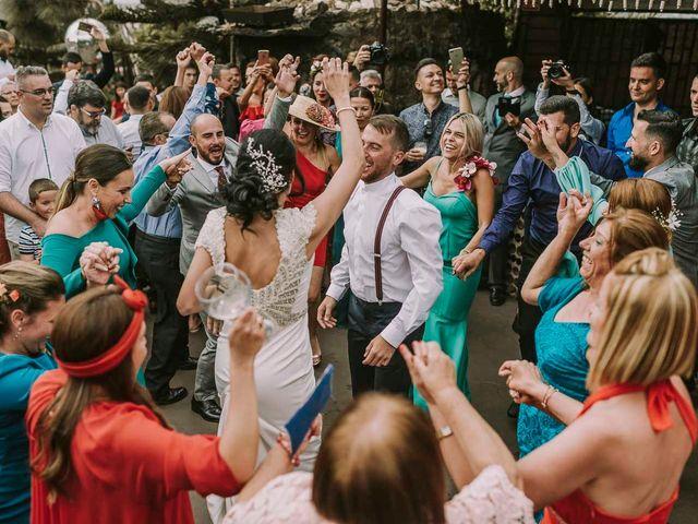 La boda de Elena y Jonás en Las Palmas De Gran Canaria, Las Palmas 33
