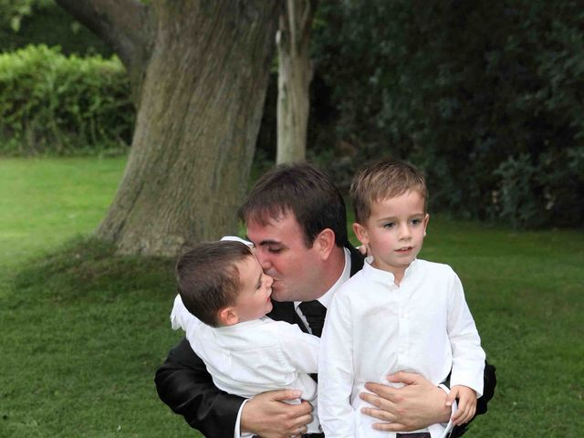 La boda de Tomás y Sonia en San Agustin De Guadalix, Madrid 14