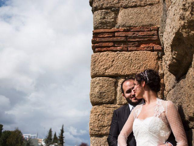 La boda de Jony y Lidia en Mérida, Badajoz 21