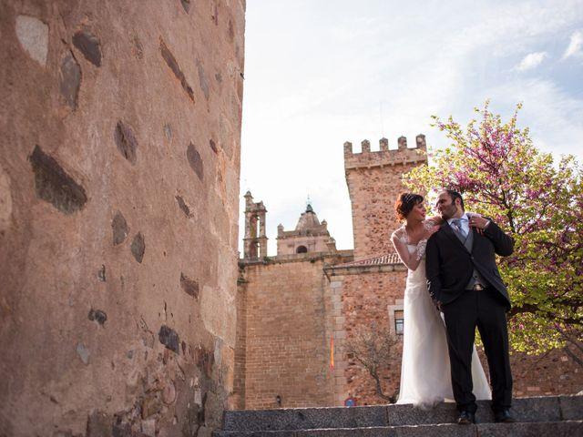 La boda de Jony y Lidia en Mérida, Badajoz 51