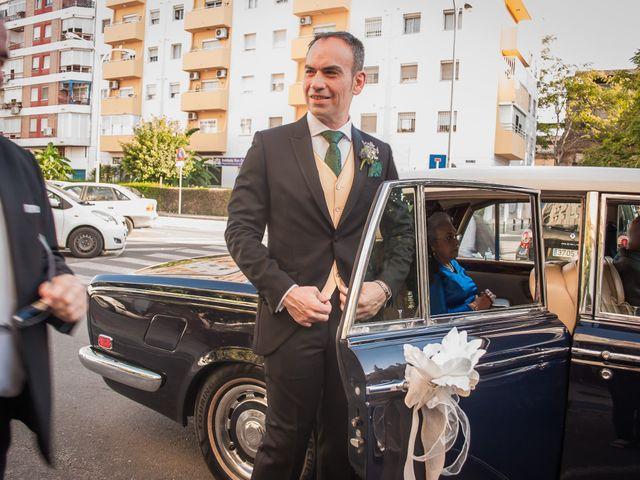 La boda de Miguel Ángel y Mercedes en Sevilla, Sevilla 13