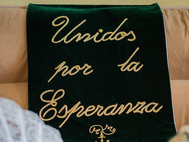 La boda de Miguel Ángel y Mercedes en Sevilla, Sevilla 16