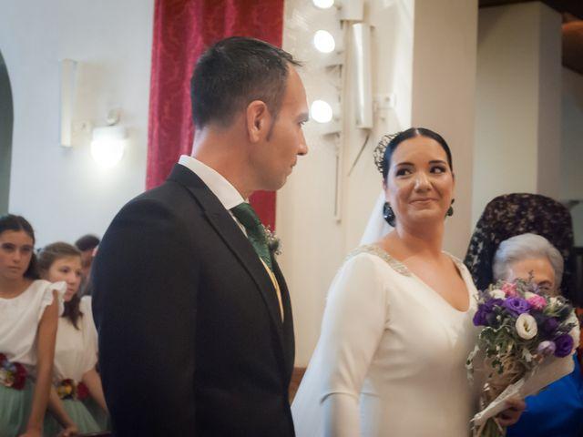 La boda de Miguel Ángel y Mercedes en Sevilla, Sevilla 40