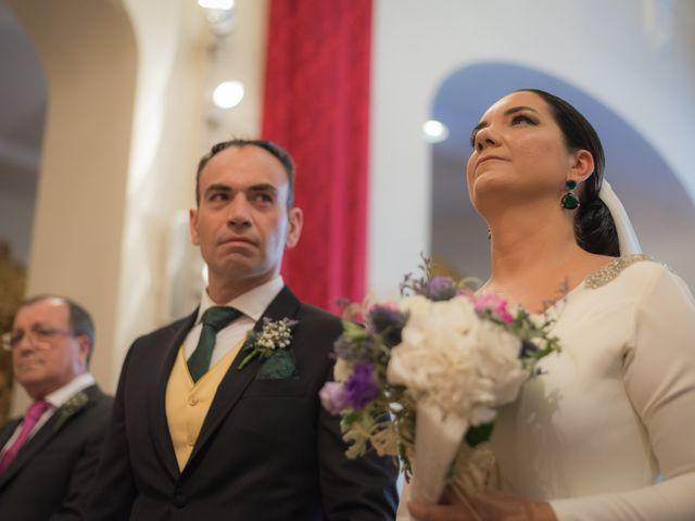La boda de Miguel Ángel y Mercedes en Sevilla, Sevilla 41