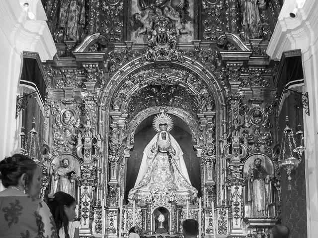 La boda de Miguel Ángel y Mercedes en Sevilla, Sevilla 43