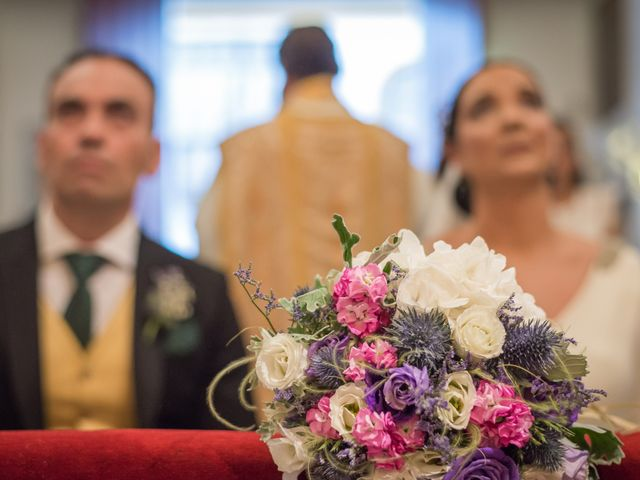 La boda de Miguel Ángel y Mercedes en Sevilla, Sevilla 48