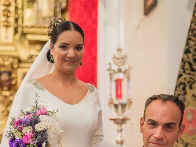 La boda de Miguel Ángel y Mercedes en Sevilla, Sevilla 51