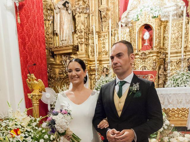 La boda de Miguel Ángel y Mercedes en Sevilla, Sevilla 52