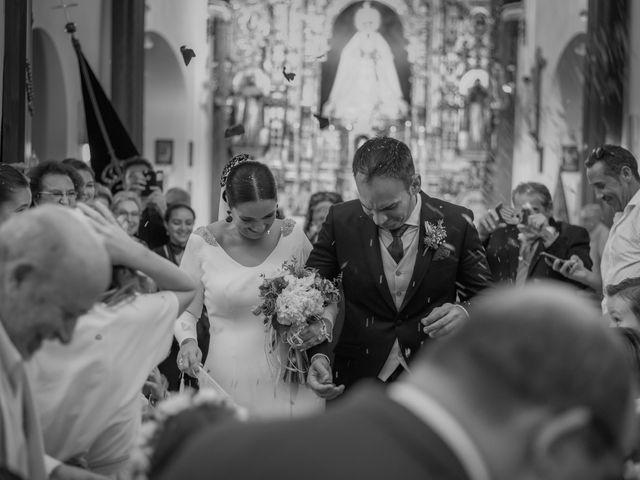 La boda de Miguel Ángel y Mercedes en Sevilla, Sevilla 55