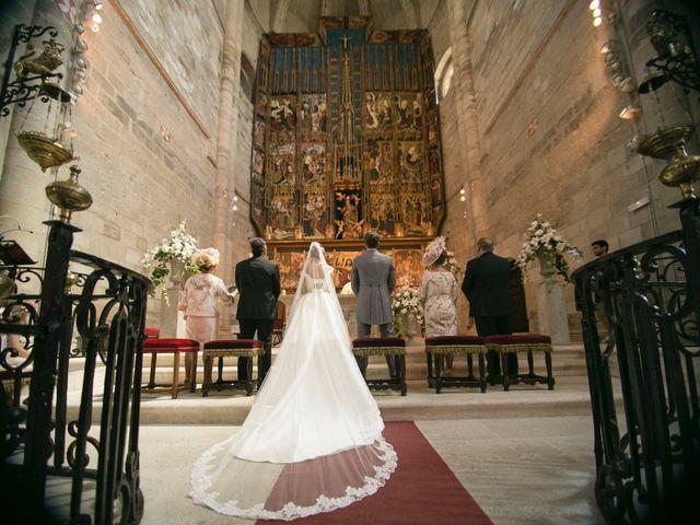 La boda de Raúl y Laura en Tudela, Navarra 12