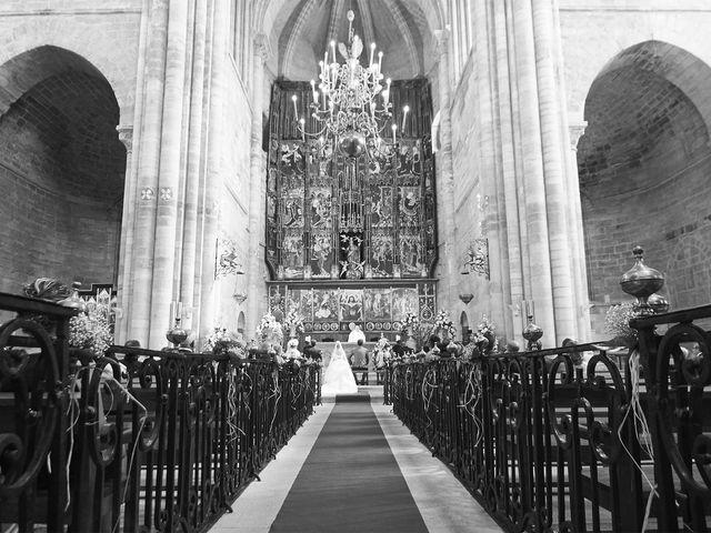 La boda de Raúl y Laura en Tudela, Navarra 30