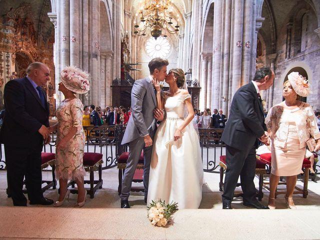 La boda de Raúl y Laura en Tudela, Navarra 35