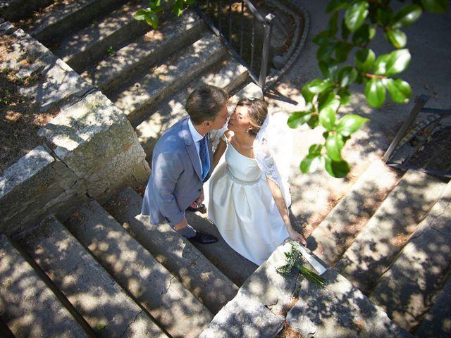 La boda de Raúl y Laura en Tudela, Navarra 38