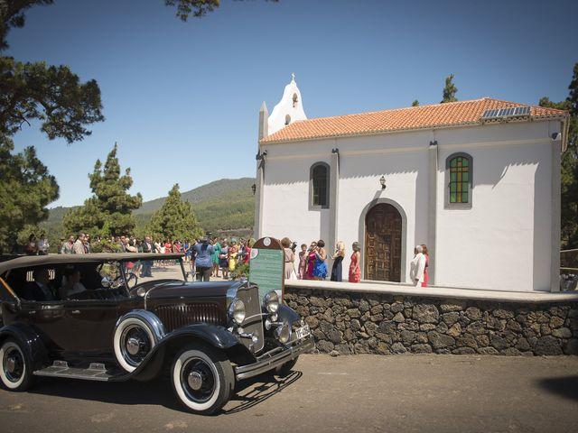 La boda de Jesús y Vanessa en Santa Cruz De La Palma, Santa Cruz de Tenerife 15