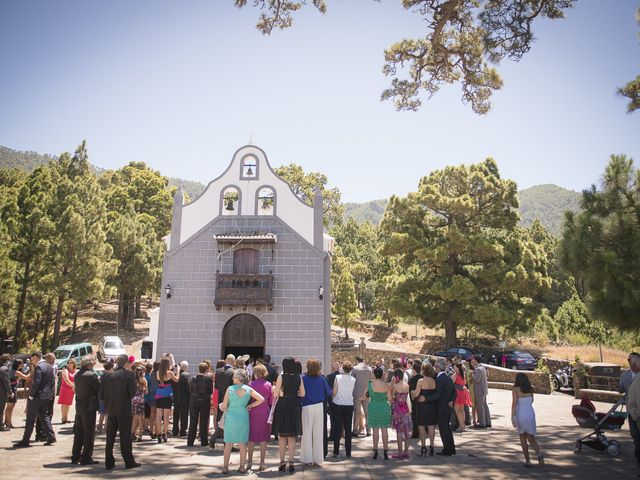 La boda de Jesús y Vanessa en Santa Cruz De La Palma, Santa Cruz de Tenerife 30