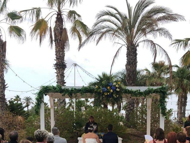 La boda de Arantxa y Carlos en La Pineda, Tarragona 6