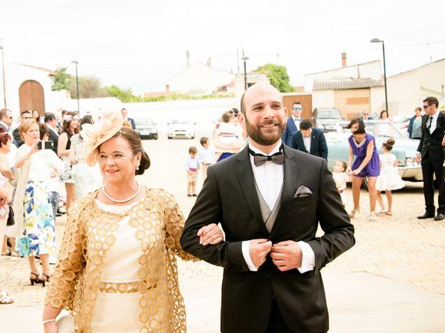 La boda de Jorge y Laura en San Adrian, León 19