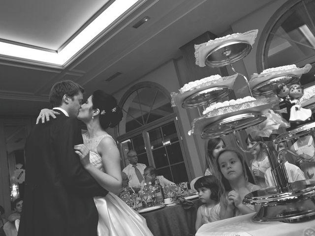 La boda de Damian y Elena en Galapagar, Madrid 41