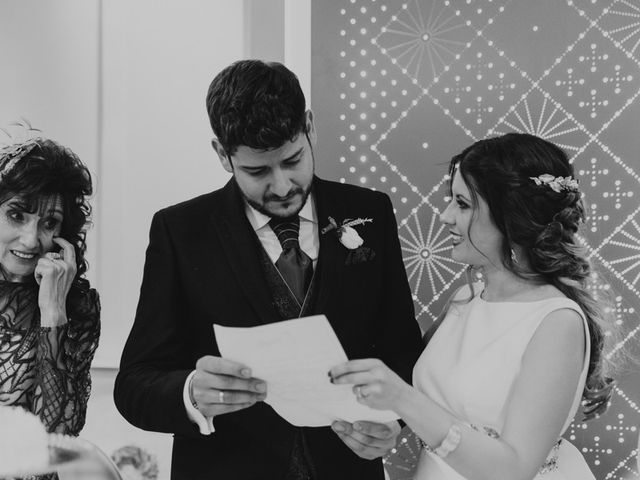 La boda de Oscar y Virginia en Pedro Muñoz, Cáceres 26