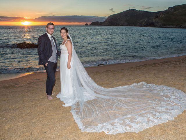 La boda de Severin y Adriana en Fisterra (Santa Maria), A Coruña 3