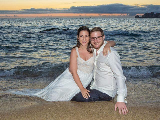 La boda de Severin y Adriana en Fisterra (Santa Maria), A Coruña 2