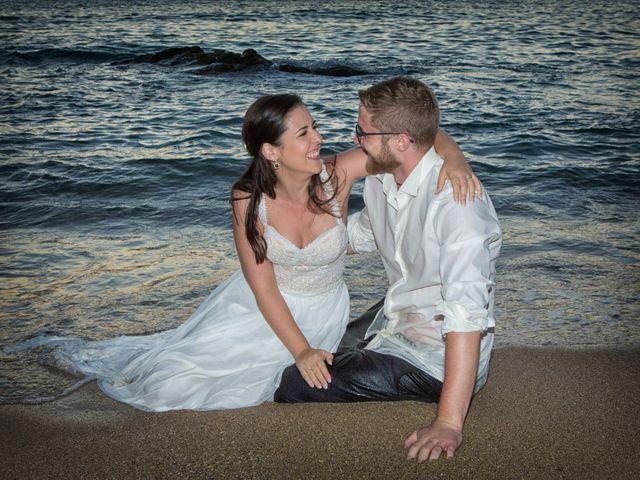 La boda de Severin y Adriana en Fisterra (Santa Maria), A Coruña 7