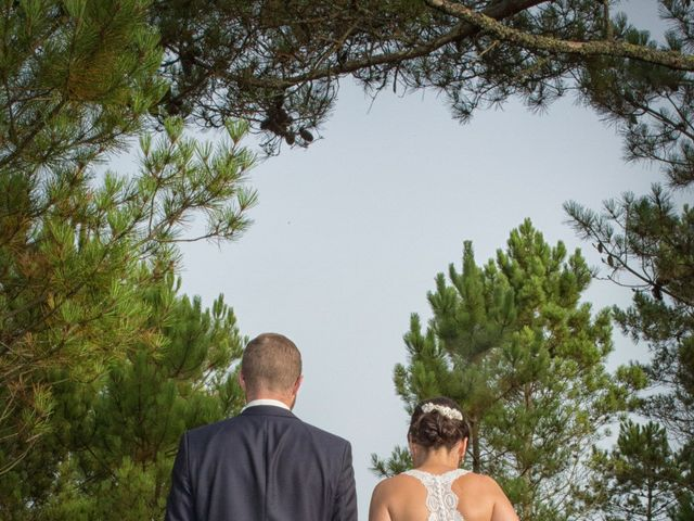 La boda de Severin y Adriana en Fisterra (Santa Maria), A Coruña 16