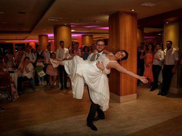 La boda de Severin y Adriana en Fisterra (Santa Maria), A Coruña 25