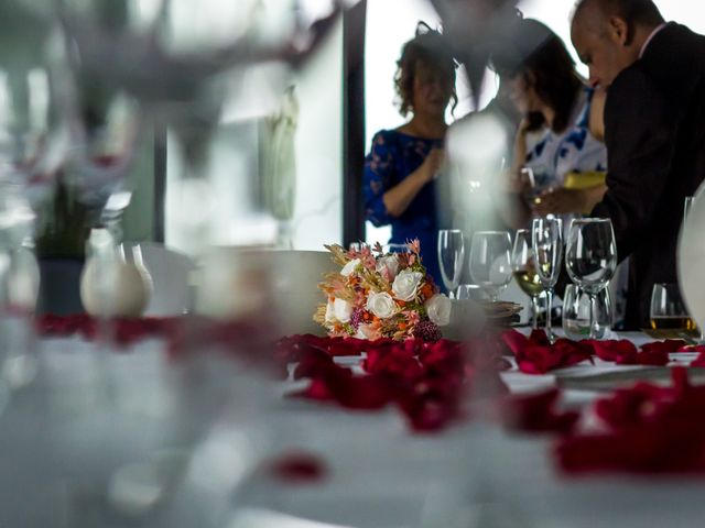 La boda de Urko y Silvia en Zaragoza, Zaragoza 5