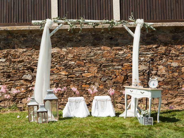 La boda de Jose y Andrea en Ferrol, A Coruña 11