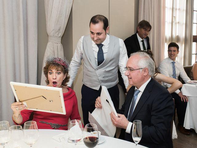 La boda de Fermín y Elena en Pamplona, Navarra 19