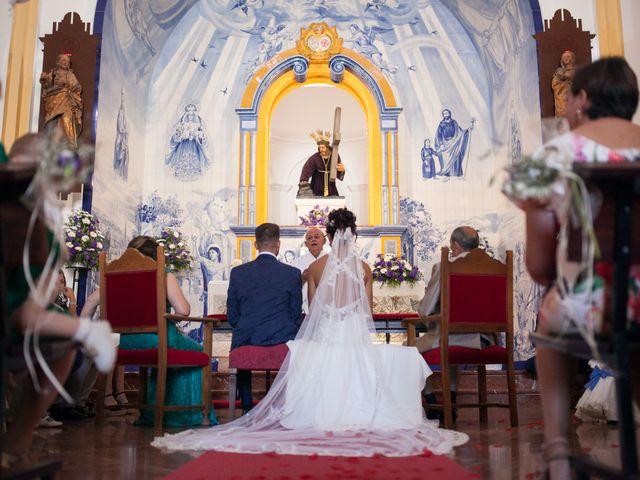 La boda de Elena y Cayetano en Valverde Del Camino, Huelva 13