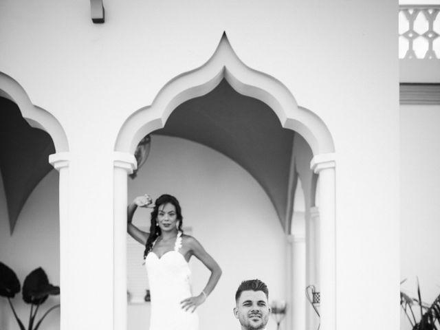 La boda de Elena y Cayetano en Valverde Del Camino, Huelva 34