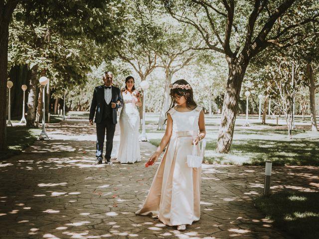 La boda de Yordy y Kelly en Villarrobledo, Albacete 15