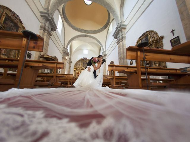La boda de Gio y Tania en Puente Boeza, León 19