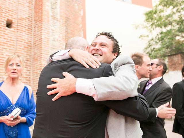 La boda de Manu y Bea en Navalcarnero, Madrid 24