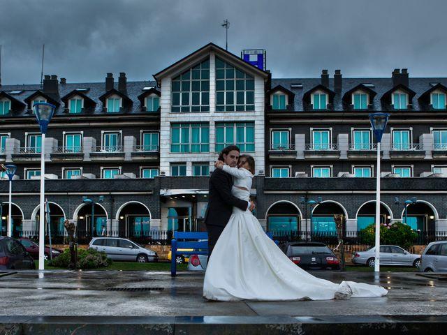 La boda de Diego y Cristina en Mogro, Cantabria 13