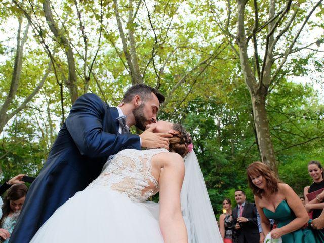 La boda de Isidoro y Paola en Montseny, Barcelona 35