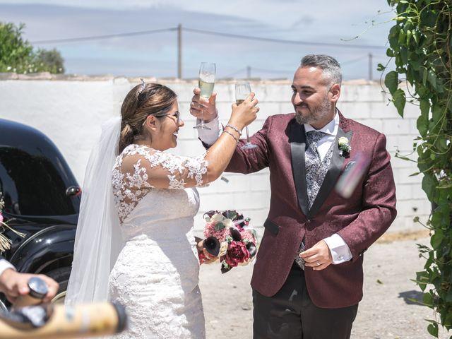 La boda de Israel O. y Laura G. en Chiclana De La Frontera, Cádiz 10