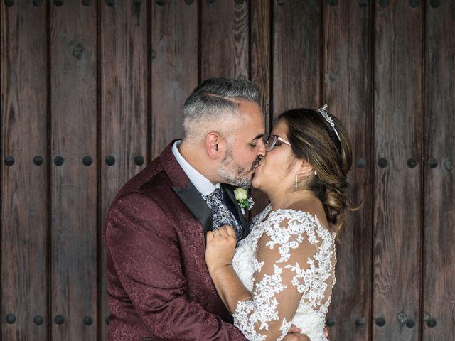 La boda de Israel O. y Laura G. en Chiclana De La Frontera, Cádiz 15