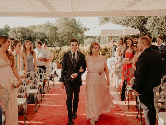 La boda de Xavier y Isabel en Santa Cristina D'aro, Girona 23