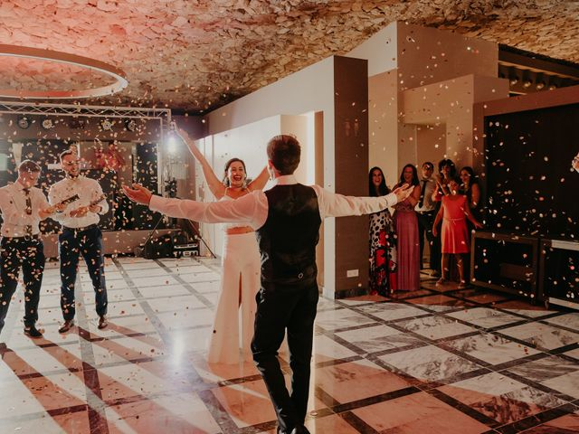 La boda de Xavier y Isabel en Santa Cristina D'aro, Girona 49