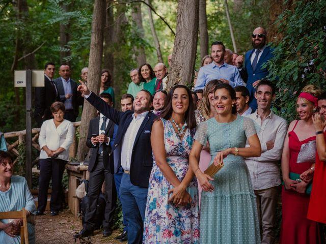 La boda de Paula y Mariano en Nuevalos, Zaragoza 23
