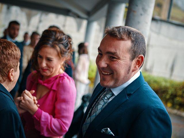 La boda de Jesus y Mariola en Pruvia (Llanera), Asturias 13