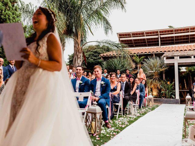 La boda de Christian y Natalie en Torre Del Mar, Málaga 33