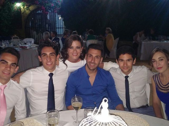 La boda de Francisco  y Melissa  en Coria Del Rio, Sevilla 10