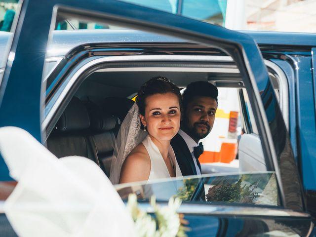 La boda de Mohit y Virginia en Villagarcia Del Llano, Cuenca 17
