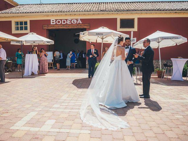 La boda de Mohit y Virginia en Villagarcia Del Llano, Cuenca 19